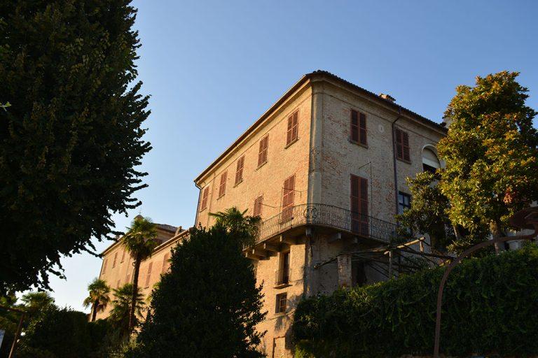 """""""Espressione Barbaresco"""" al Castello di Neive"""